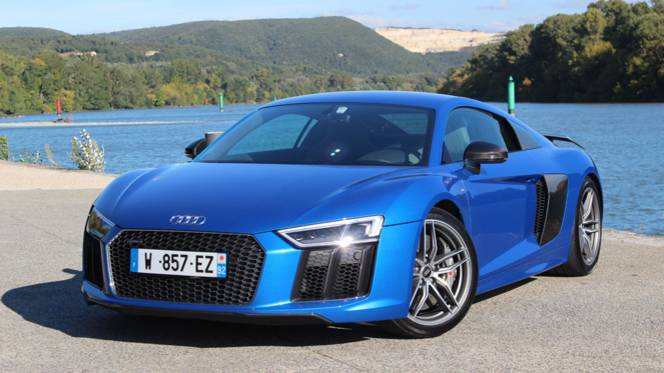 Audi R8 Price In India Photos Review Motorplace