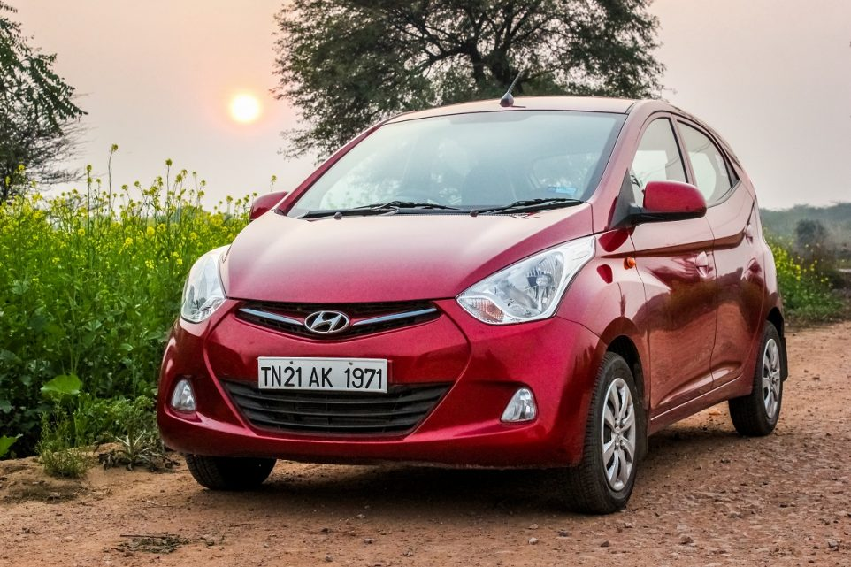 Hyundai Eon RED