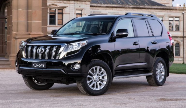 Toyota Land Cruiser Prado Price In India Photos Review Motorplace